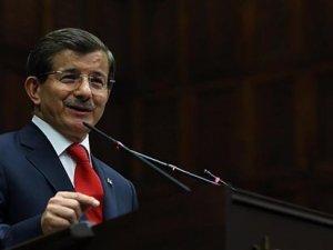 Başbakan Davutoğlu: 'Cumhuriyetçiler ama paralelle işbirliği içindeler, ulusalcılar ama bölücülerle işbirliği içindeler'