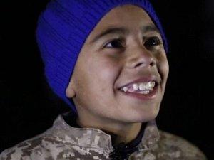 IŞİD, Ürdünlü pilotu yakma görüntüsünü çocuklara izletti