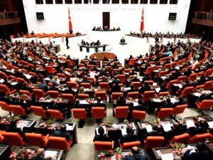 Ankara'da milletvekili olabilmek için istifalar artıyor