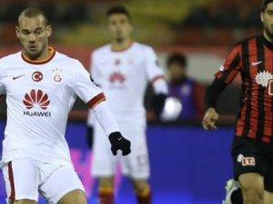 Galatasaray galip ayrıldı