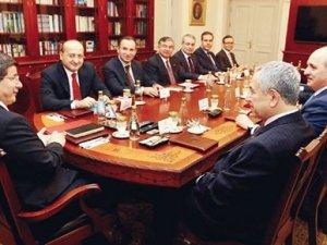 Davutoğlu: Hakan Fidan'ın adaylığıyla ilgili hala aynı görüşteyim