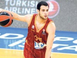 Ergin Ataman'ı şikayet etti