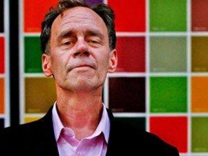 ABD'li gazeteci David Carr hayatını kaybetti