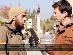 IŞİD'in elindeki gazeteciden ailesine mesaj: Hayatınıza devam edin