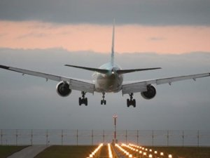 Atatürk Havalimanı'na acil iniş