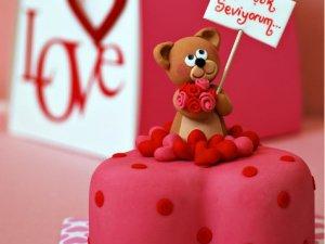 14 Şubat Sevgililer Günü'nde ne alınır?