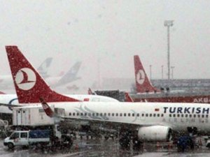 Atatürk Havalimanı'nda tüm uçuşlar iptal edildi