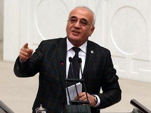 AK Parti Grup Başkanvekili Mustafa Elitaş, TBMM'de yaşanan kavgayı anlattı