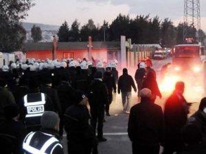 Altay-Göztepe derbisi olaylı başladı