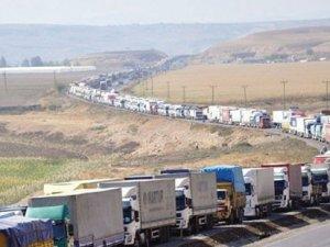 Kerkük'te bekleyen şoförlere saldırı