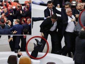 Başbakan Davutoğlu'nun 'orada AKP'li yoktu' dediği kavgada 18 AKP'li çıktı