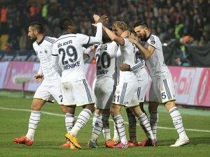 Fenerbahçe yarışta kayıp istemiyor