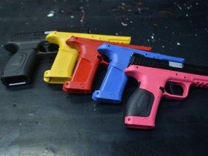 Kadınlara özel 'renkli' tabanca