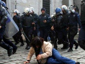 Financial Times: Türkiye polis devleti oluyor