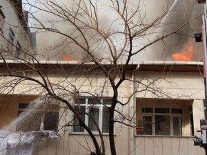 İstanbul Üsküdar'da yangın