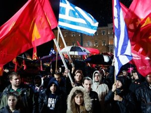 Komünistlerden Çipras'a protesto