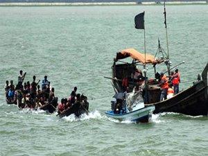 Ege'de 102 kaçak göçmen kurtarıldı