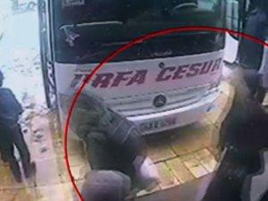 Londralı üç kızın İstanbul'da güvenlik kamerası görüntüleri ortaya çıktı