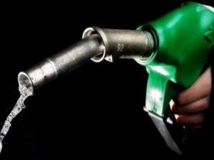 Benzine zam geliyor