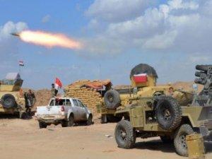 Irak ordusu 30 bin kişiyle Tıkrit'e taarruza geçti