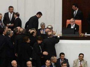 AKP'den 'iç güvenlik paketi' anlaşmasına açıklama