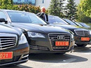 Davutoğlu'nun 'taşıt israfını önleyeceğiz' açıklamasına rağmen Başbakanlık filosuna 222 araç daha!