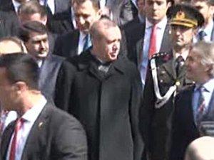 """Cumhurbaşkanı Erdoğan'a """"Hoşgeldin Allah'ın elçisi"""" tezahüratı"""