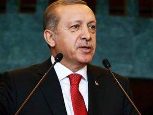 Erdoğan'dan ilginç konuşma: Sayın Gül'ü tenzih ederim ama...