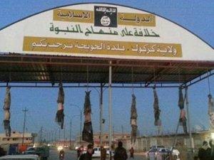 IŞİD militanları cesetleri sokağa astı!