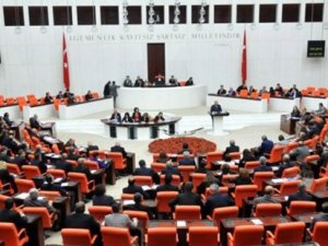 Parti kapatmayı zorlaştıran teklif Meclis'te