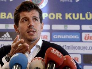 Emre Belözoğlu Galatasaray'la dalga geçti