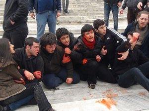 Berkin Elvan eylemine polis müdahalesi