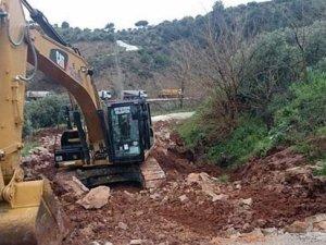 Baraj inşaatında heyelan; 2 işçi hayatını kaybetti