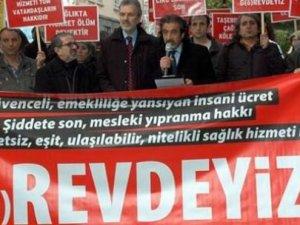 Doktorlar grev yürüyüşünde