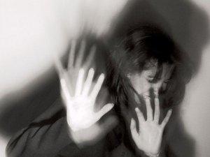 İstanbul'da genç kıza önce şantaj, sonra tecavüz
