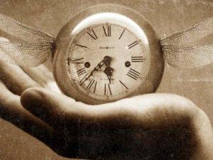 Zamanda yolculuk mümkün mü?