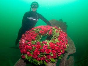 Şahika Ercümen Çanakkale'de HMS Majestic gemisine daldı