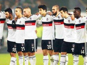 Beşiktaş tozu toprağa kattı