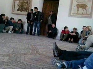 Tunus'ta saldırı: 19 kişi öldü