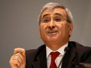 Merkez Bankası eski Başkanı Durmuş Yılmaz MHP'den aday