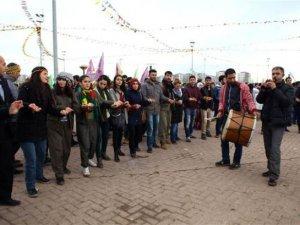 Diyarbakır'da Öcalan'ın mektubu okundu