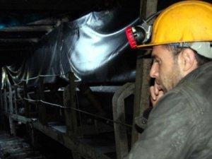 Maaşlarını almak için eylem yapan 7 madenci kovuldu