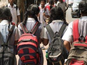 Türkiye'de kızlar okulu yarıda bırakıyor
