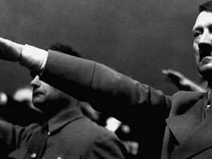 Adolf Hitler'le ilgili yeni iddia: 95 yaşına kadar yaşadı
