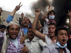 Türkiye'den Yemen operasyonuna destek