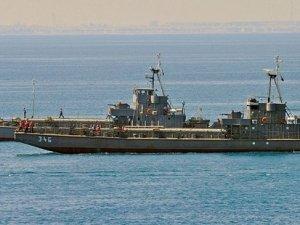 Mısır'dan Yemen'e savaş gemisi gidiyor