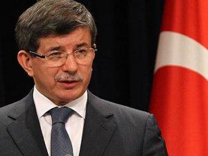 Başbakan Davutoğlu'ndan Arınç- Gökçek kavgasına yorum: Twitter üzerinden konuşulmamalıydı