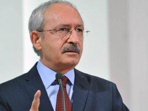 CHP lideri Kemal Kılıçdaroğlu gözyaşlarına hakim olamadı