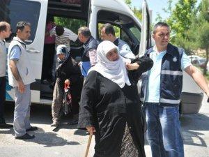 Suriyeli dilencilerin çoraplarından dökülen servet