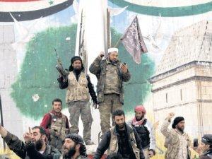 El Kaide Idlib'i beş günde ele geçirdi